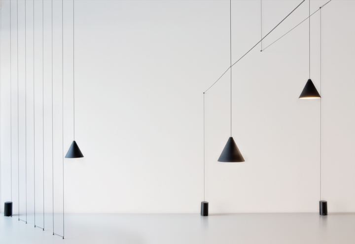 FLOS String Light - Scopri la linea FLOS String Light su BLACKOUTBLOG BLACKOU...